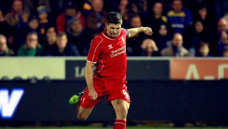 O atual capitão da equipa chegou ao Liverpool com oito anos