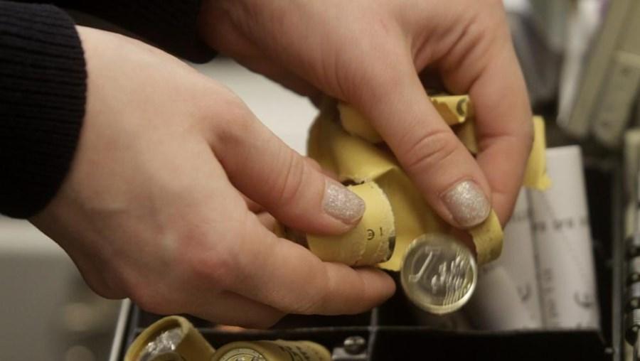 O BCE fixou uma referência cambial da divisa europeia em 1,1775 dólares