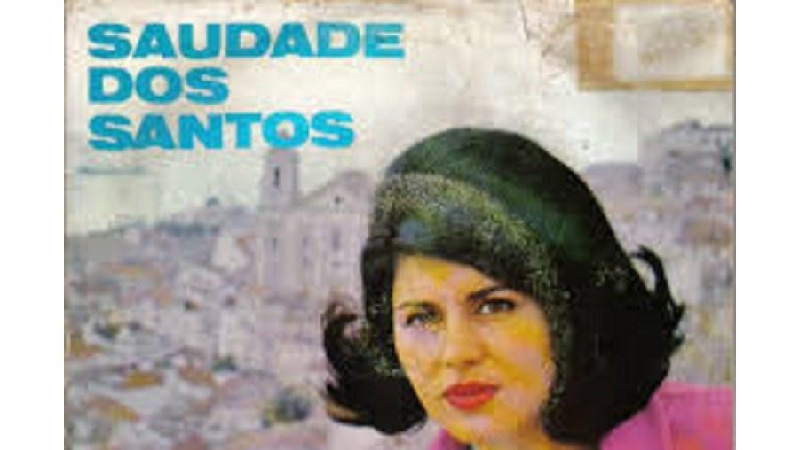 Saudade Cordeiro dos Santos nasceu em S. Pedro de Alva, no concelho de Penacova, distrito de Coimbra