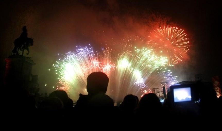Passagem de ano, ano novo, fogo-de-artifício