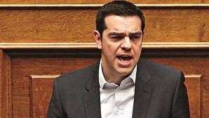 Tsipras anuncia ajuda aos pobres