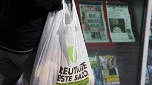 """Entrada em vigor da taxa sobre sacos plásticos é """"abrupta"""""""