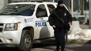 Detidos três homens que pretendiam juntar-se ao EI