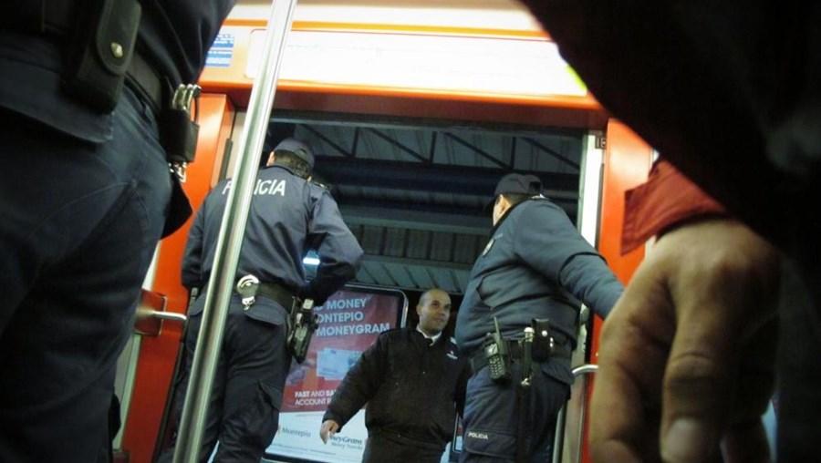 """PSP diz que o detido atuava em grupo, """"existindo ainda outros suspeitos referenciados"""""""