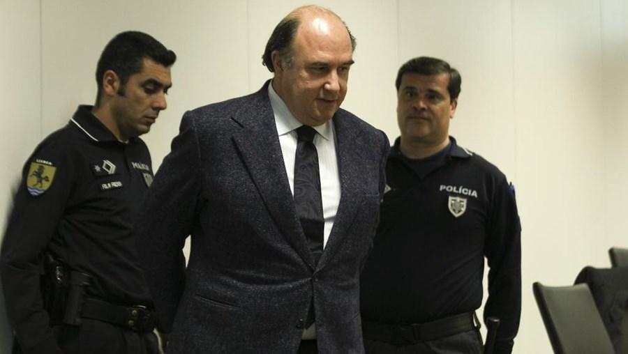 João Vale e Azevedo à chegada à 3ª Vara Criminal do Campus de Justiça, em Lisboa