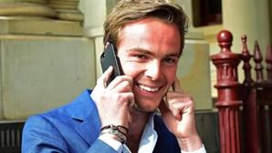 Van der Garde termina conflito com Sauber