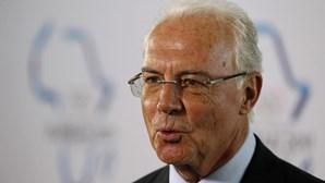 Beckenbauer diz que é cedo para pensar em boicote