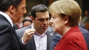 Minicimeira sobre a Grécia