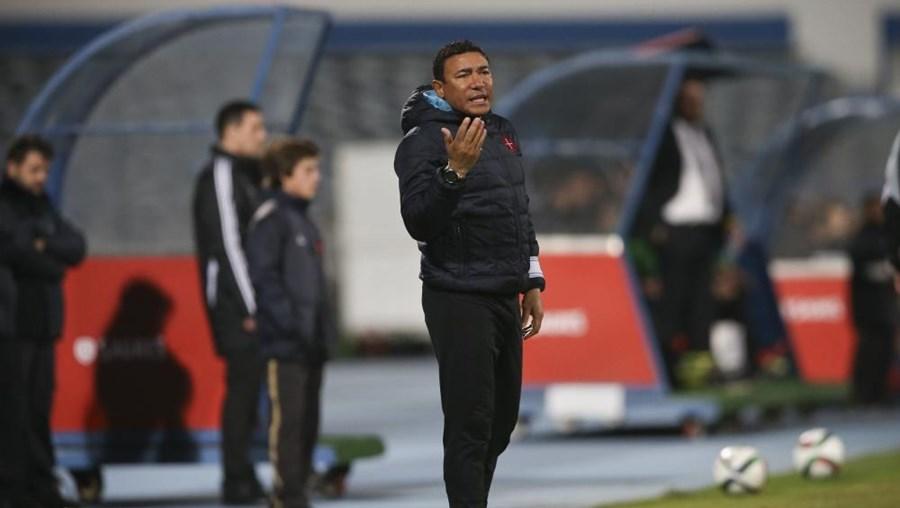 O treinador do Belenenses Lito Vidigal