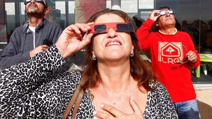 Eclipse ocorre no dia 20 de manhã