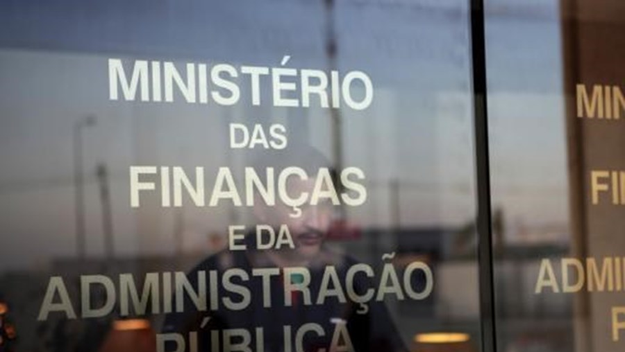 Fonte oficial do Ministério das Finanças escusou-se a apresentar os motivos apresentados por José Maria Pires para a sua demissão