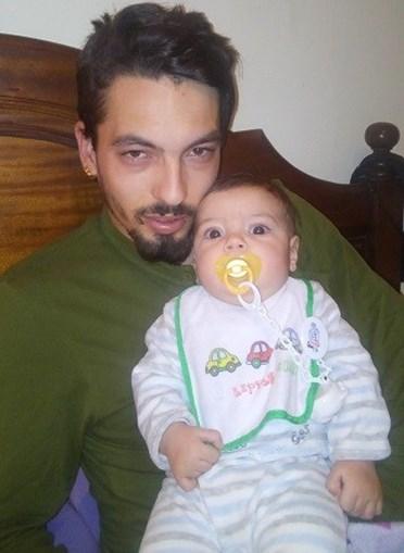 O Artur Gonçalves, de 4 meses, com o pai  Tiago Gonçalves, de 26 anos, de Guimarães