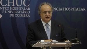 Antigo governante elogia SNS no combate à pandemia e recorda António Arnaut