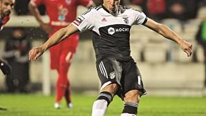 Benfica desconfia de batota com relva