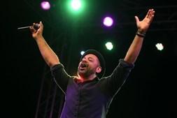 Olavo Bilac recebe aplausos do público cabo-verdiano
