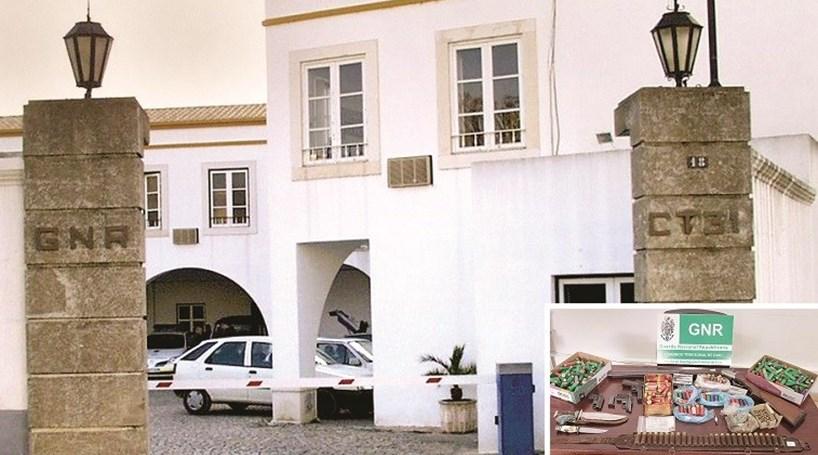 Tinha arsenal em casa - Portugal - Correio da Manhã 93c35502c68