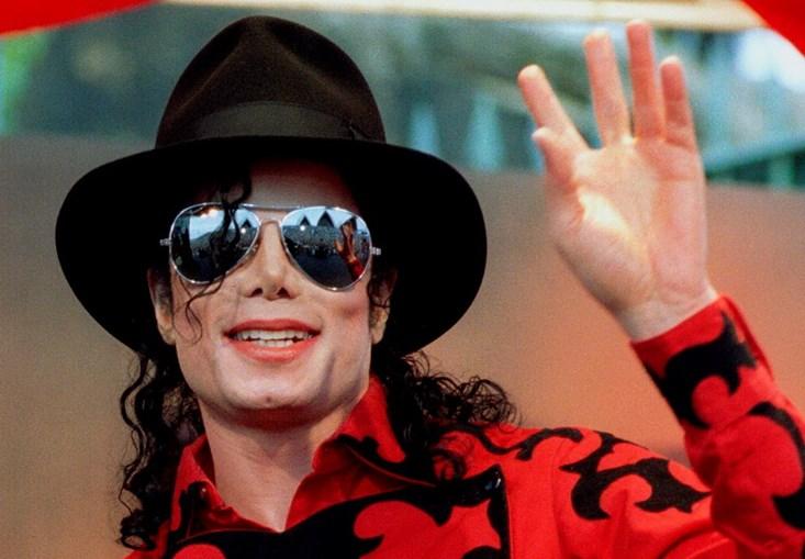 Michael Jackson continua a ser o morto mais rentável