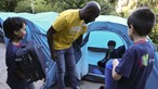 Vinte crianças inauguram acampamentos da Feira do Livro