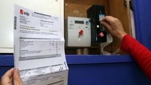 DECO recebe por dia sete reclamações de faturas prescritas
