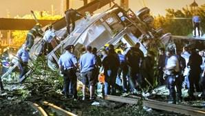 Descarrilamento de comboio mata seis nos EUA
