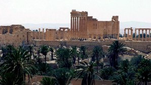 Estado Islâmico controla quase totalmente cidade de Palmyra