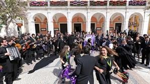 Portugal é o país onde mais diminuiu a importância da licenciatura no salário