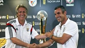 Benfica e Marítimo disputam a Taça da Liga