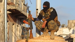 Diário turco acusa Governo de fornecer armas a rebeldes