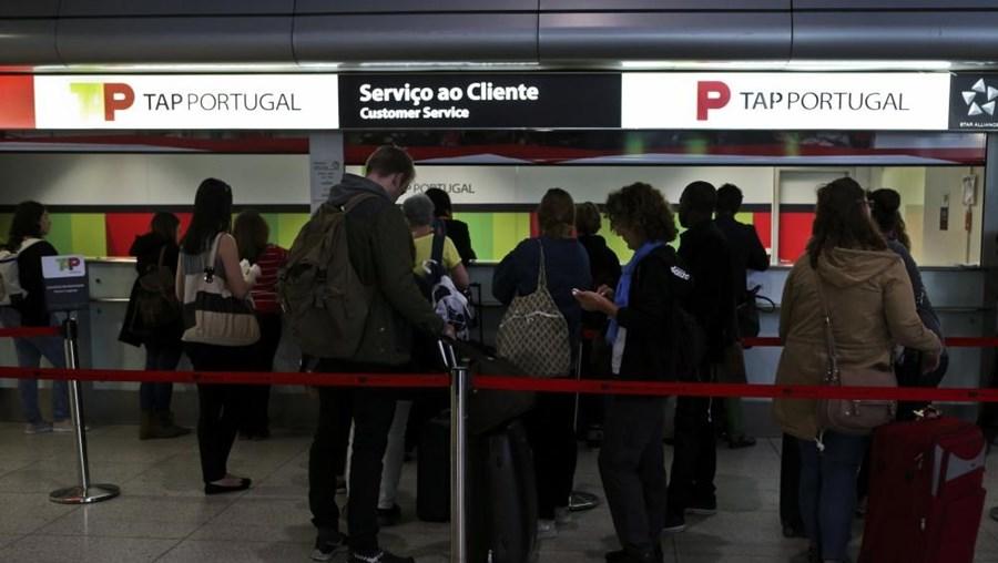 Greve dos pilotos da TAP apanhou desprevenidos muitos passageiros que pretendiam voar esta sexta-feira