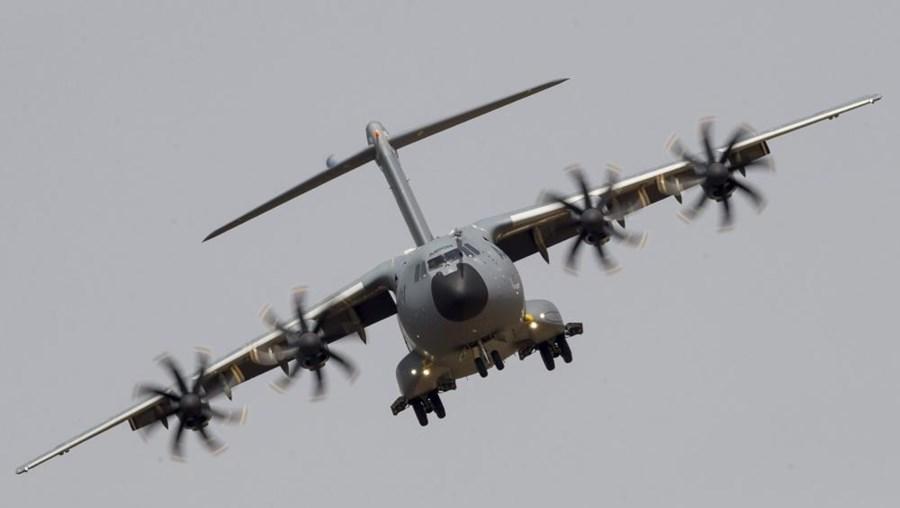 Acidente aéreo com avião de transporte militar