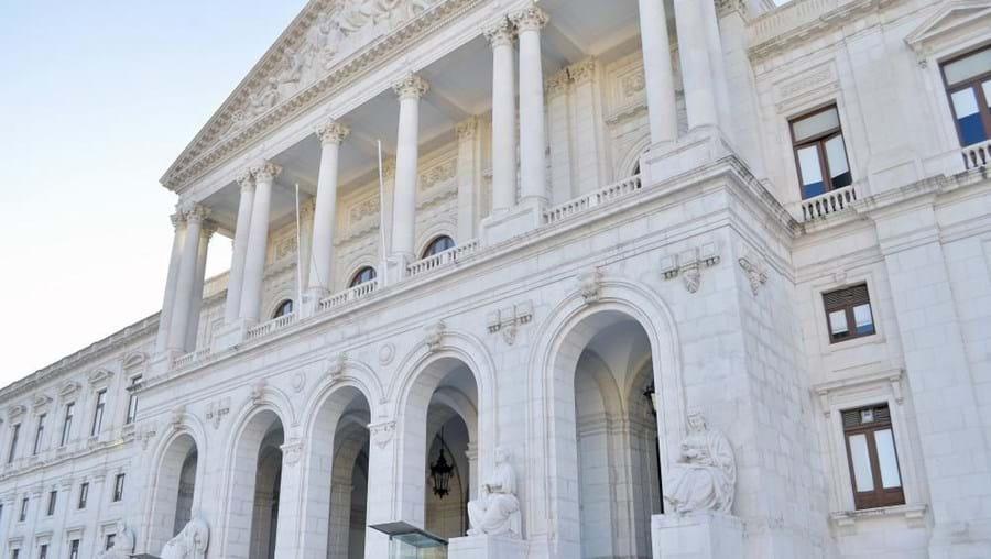 Assembleia da República abriu 23 vagas para a carreira de assessor parlamentar