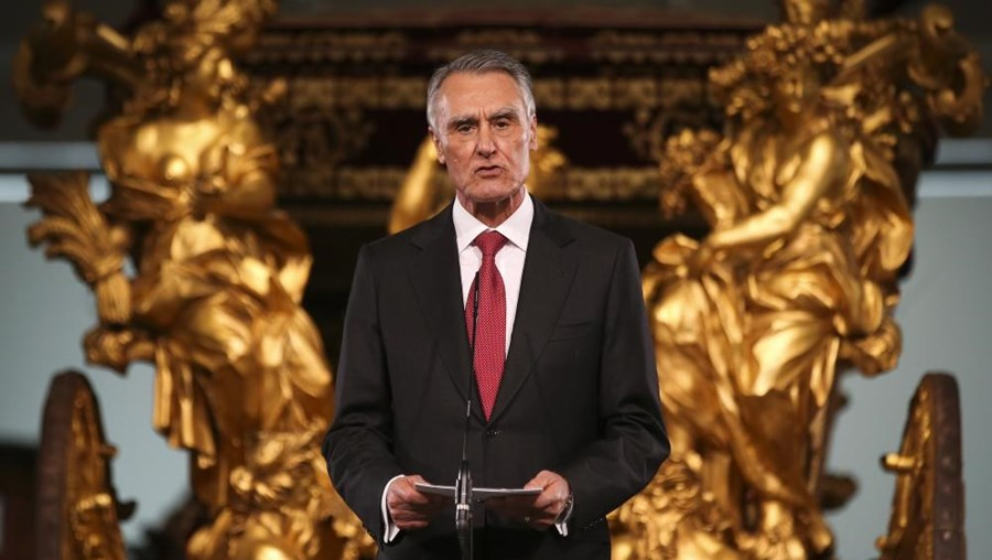 O Presidente da República, Cavaco Silva, refere Inglaterra como exemplo