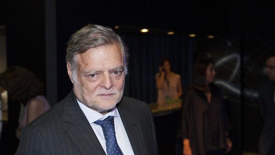 João Manuel de Mello Franco vai ser substituído por Luís Palha da Silva