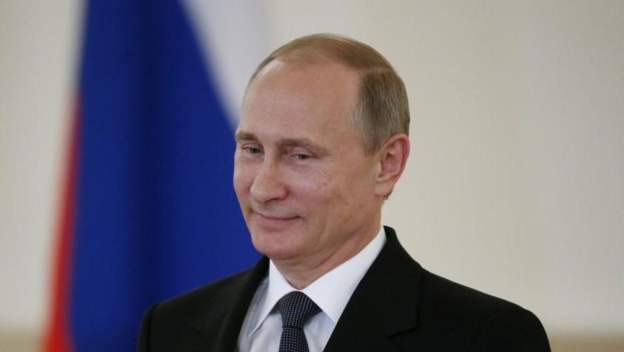 Mundial de futebol de 2018 vai realizar-se na Rússia