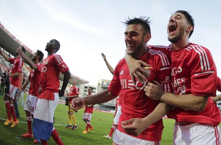Salvio e André Almeida festejam