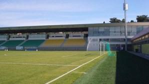 Tondela termina ligação com nove futebolistas