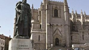 Entrada paga em 30 igrejas e catedrais