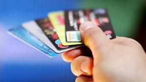 Faz compras online? 10 conselhos para usar o cartão em segurança