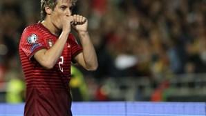Real empurra Coentrão para o Benfica