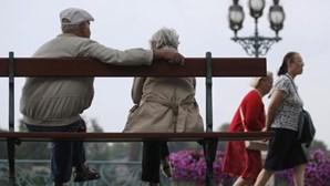 Cai número de idosos que recebem Complemento Solidário