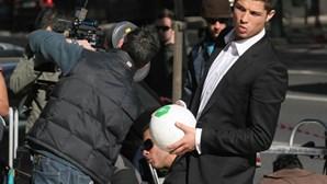 Novo Banco dispensa Ronaldo