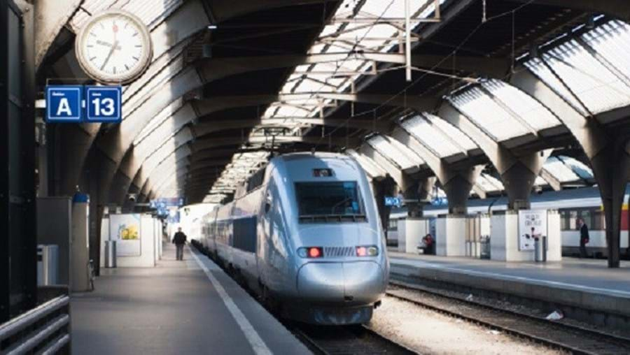 Tarifas dos autocarros e comboios mais baratas, aos sábados, na Suíça