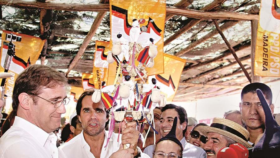 Pedro Passos Coelho e Miguel Albuquerque este domingo na Festa do Chão da Lagoa, na Madeira