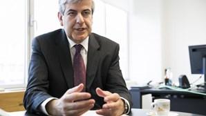 """""""Sou presidente do Fundo de Resolução, não o Sherlock Holmes"""", diz Máximo dos Santos"""