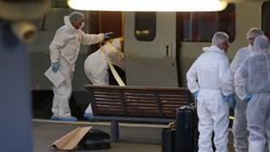 Autor de disparos em comboio em França interrogado