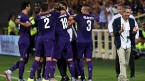 Fiorentina vence AC Milan