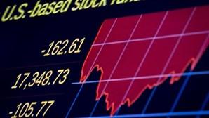 Bolsa norte-americana abre em grande queda