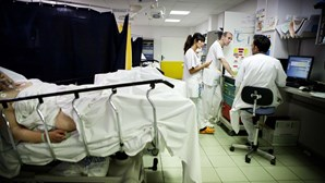Hospitais obrigados a contratar