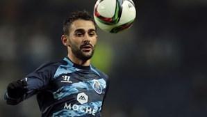 FC Porto empresta Adrián López ao Villarreal