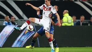 Wolfsburgo confirma contratação de Julian Draxler